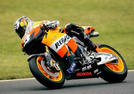Dani Pedrosa in action at Donington Park