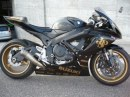 Scatto in Corsa: Suzuki GSX-R 750 John Player Special Edition