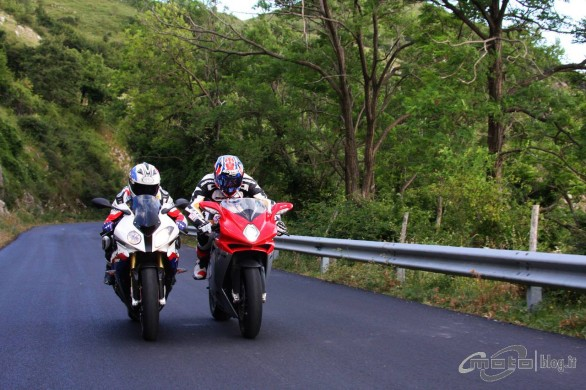 TEST MV Agusta F4 1000 vs BMW S 1000 RR
