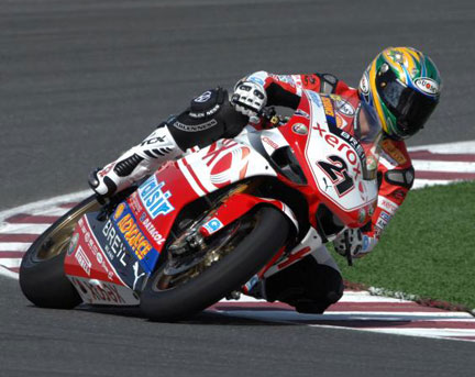 Troy Bayliss di nuovo in pista