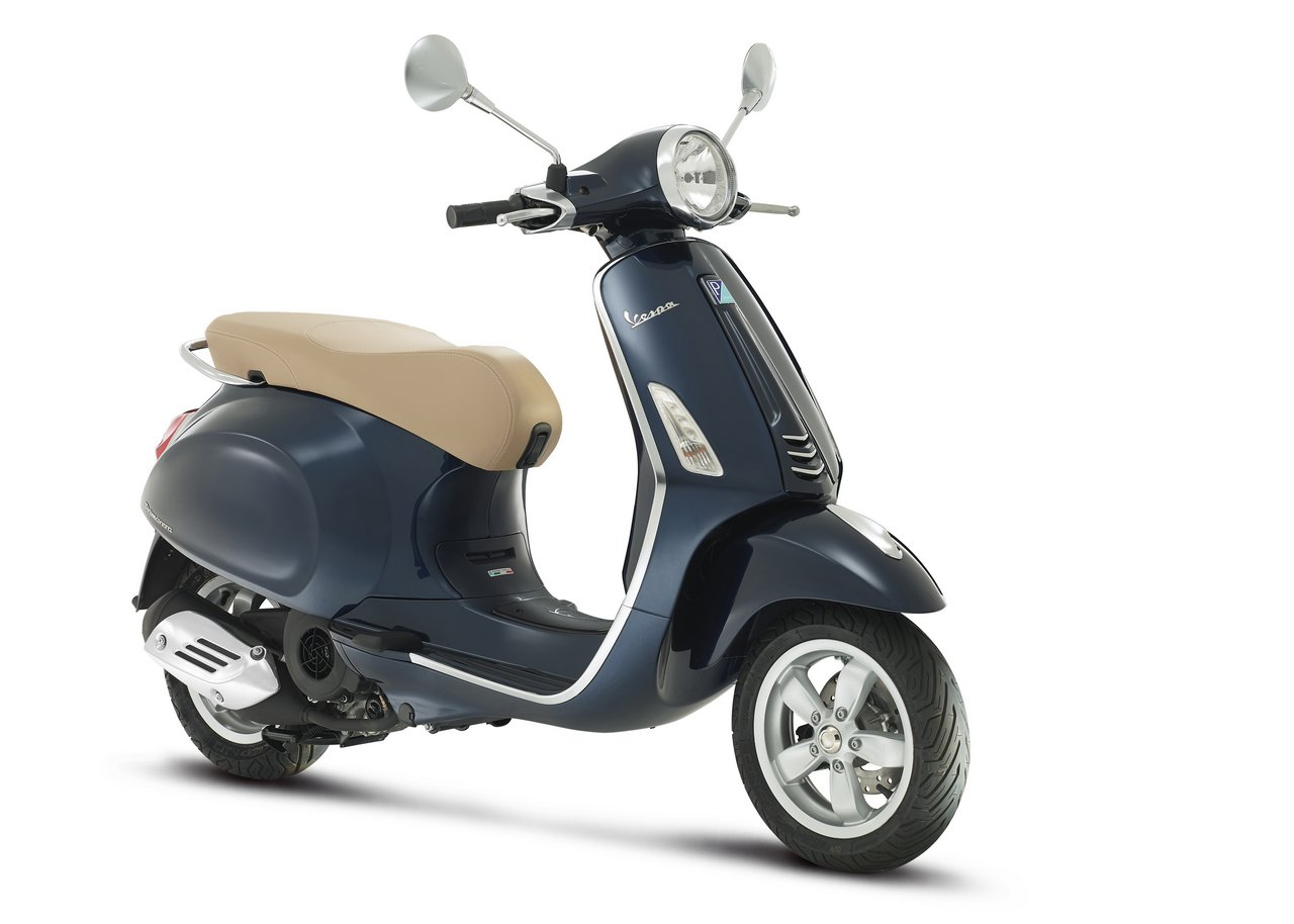 vespa primavera 125 car interior design. Black Bedroom Furniture Sets. Home Design Ideas