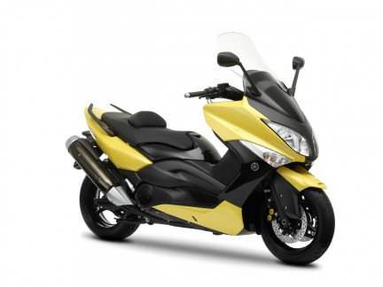 yamaha t max 500 2009 nuovamente in giallo. Black Bedroom Furniture Sets. Home Design Ideas